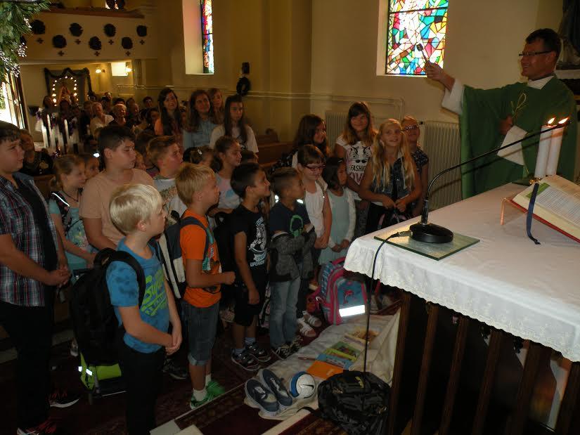 Katehetska nedelja - blagoslov šolskih torb