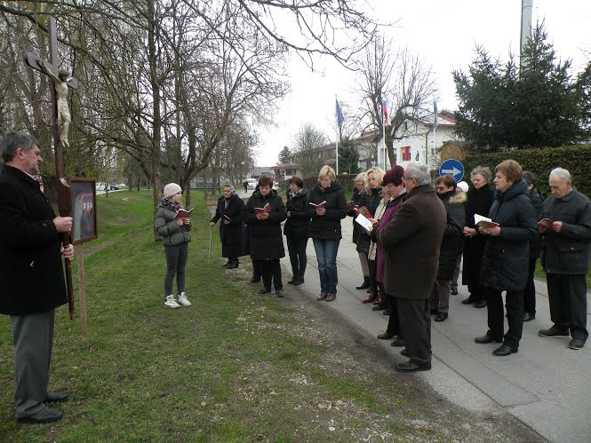 5. postna nedelja-ulični križev pot