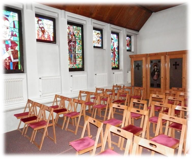Notranjost bakovske župnijske cerkve danes