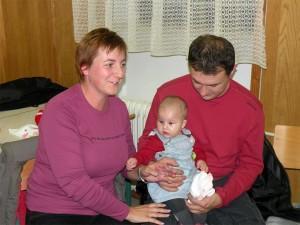 Srečanje staršev, ki so v letu 2009 v župniji Bakovci prinesli otroka h krstu