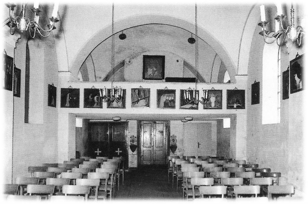 Notranjost bakovske župnijske cerkve pred obnovo