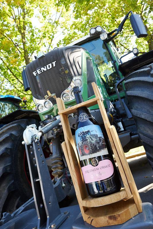 Blagoslovitev traktorjev