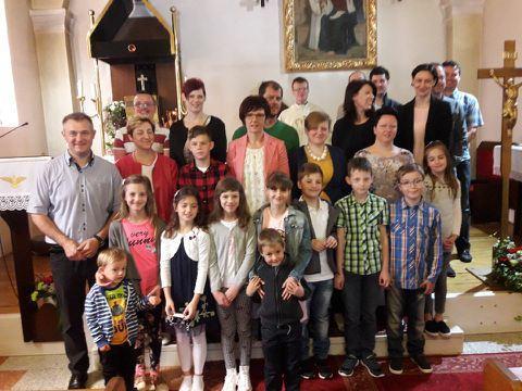 Starši in prvoobhajanci - sodelovanje pri sveti maši