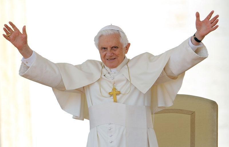papez_ratzinger